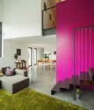 Wnętrze nowożytna willa, żywy pokój zdjęcie stock