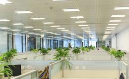 Wnętrze nowożytny biuro, miejsce pracy Obraz Royalty Free