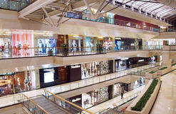 Wnętrze nowożytny centrum handlowe Zdjęcie Stock
