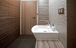 wnętrze nowoczesne toalety zdjęcia royalty free