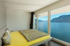 Wnętrze, piękni nowożytni apartmen Obraz Royalty Free