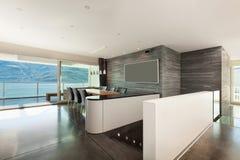 Wnętrze, piękni nowożytni apartmen Obrazy Royalty Free
