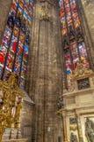 Wnętrze przy Mediolańską katedrą Zdjęcia Stock