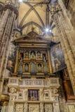 Wnętrze przy Mediolańską katedrą Obrazy Stock