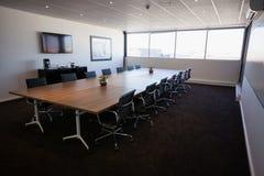 Wnętrze pusty nowożytny pokój konferencyjny Fotografia Stock