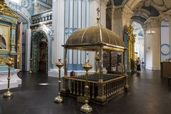 Wnętrze Rezurekcyjna katedra Resurrectionwith kopia namaszczenie kamień od kościół Święty Sepul fotografia stock