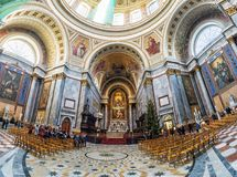 Wnętrze sławna bazylika w Esztergom, Węgry Zdjęcia Stock