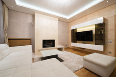 Wnętrze specious żywy pokój z grabą Zdjęcia Royalty Free
