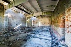 Wnętrze stary zaniechany sowiecki szpital obraz stock