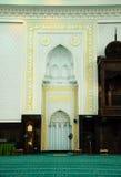Wnętrze sułtanu Abdul Samad meczet (KLIA meczet) Obrazy Stock