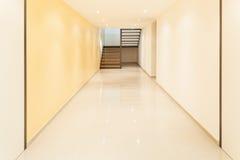 Wnętrze, wielki korytarz Zdjęcie Royalty Free