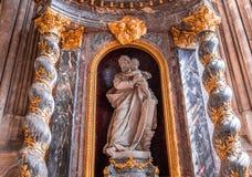 Wnętrza katedra Amiens, France Zdjęcia Stock