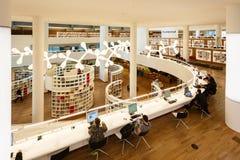 Wnętrze biblioteka publiczna Amsterdam Obrazy Stock