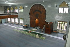 Wnętrze Kuching Grodzki meczet a K masjid Bandaraya Kuching w Sarawak, Malezja Zdjęcie Royalty Free