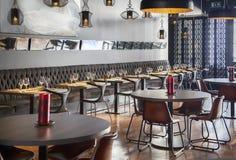 Wnętrze nowa restauracja Zdjęcia Stock