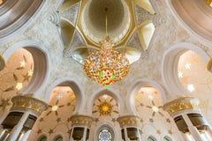 Wnętrze Sheikh Zayed Uroczysty meczet w Abu Dhabi, Zjednoczone Emiraty Arabskie Fotografia Stock