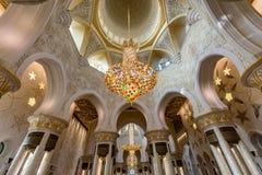 Wnętrze Sheikh Zayed Uroczysty meczet w Abu Dhabi, Zjednoczone Emiraty Arabskie Zdjęcia Royalty Free
