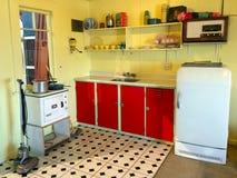 Wnętrze stara wsadu wakacje domu kuchnia w Nowa Zelandia Obrazy Stock