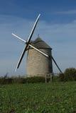 Wndmill в полях франция Стоковая Фотография