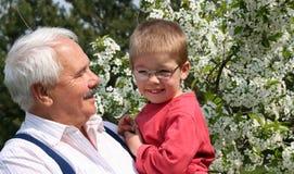 wnuczek dziadka Zdjęcia Stock