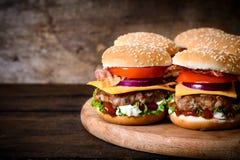 Wołowina hamburgery obraz royalty free
