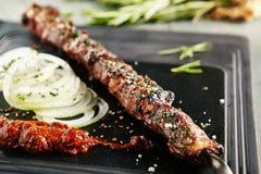 Wołowina Kebab z cebulą fotografia stock