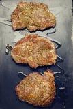Wołowina stek smażący w gorącej niecce Zdjęcie Royalty Free