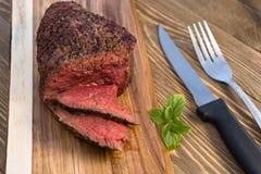Wołowiny Odgórnej polędwicy stku pieczeni Coooked Pokrojony Średni Rzadki Zdjęcia Stock