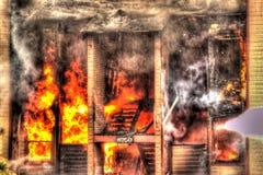 Wo es Rauch gibt, gibt es Feuer! Stockbilder