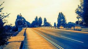 Wo möchten Sie gehen? Die goldene Straße vorwärts Stockfoto