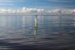 Wobbler sur la ligne de pêche Images libres de droits
