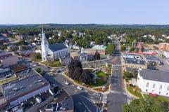 Woburn i stadens centrum flyg- sikt, Massachusetts, USA arkivbild