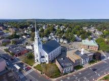 Woburn i stadens centrum flyg- sikt, Massachusetts, USA royaltyfri foto