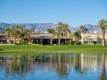 Wod cechy przy polem golfowym przy JW Marriott Dezerterują wiosny zdjęcie royalty free