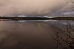 Woda i niebo Zdjęcie Stock