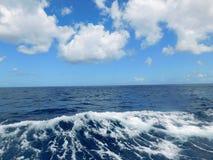 Woda & niebo Zdjęcia Stock