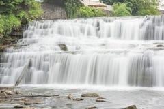 Woda Spada Sceniczny Zdjęcia Royalty Free