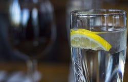 Woda z cytryną Obrazy Stock