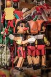 Wodden-Marionetten og Pinocchio Lizenzfreie Stockbilder