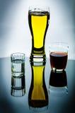 Wodka, Bier, Wein Stockbilder