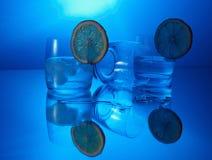 Wodka mit Zitrone Lizenzfreie Stockfotos