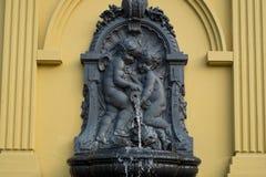 Wodna fontanna z aniołami Obrazy Royalty Free