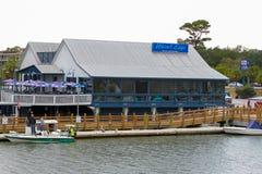 Wodna ` s krawędzi restauracja, Wspina się Przyjemnego, SC Zdjęcie Royalty Free
