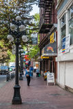 Wodna ulica w historycznym gromadzkim Gastown, Vancouver Obrazy Stock