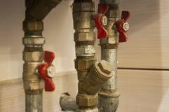 Wodne drymby i klapy łączyli grzejny piec Obraz Royalty Free