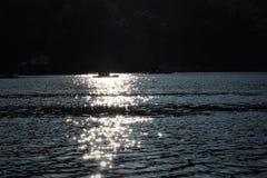Wodniactwo, W Nakki jeziorze, góra Abu, India Obrazy Royalty Free