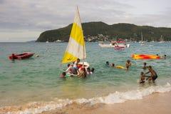 Wodniactwo zabawa w dowietrznych wyspach na Niedziela Zdjęcia Stock