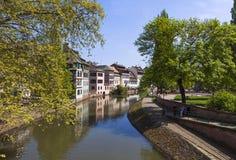 Wodny kanał w Małym Francja terenie w Strasburskim mieście, Francja Obrazy Stock