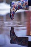 Wodny lać się od wellie Obraz Stock
