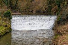 Wodny spływanie nad siklawą Zdjęcie Stock